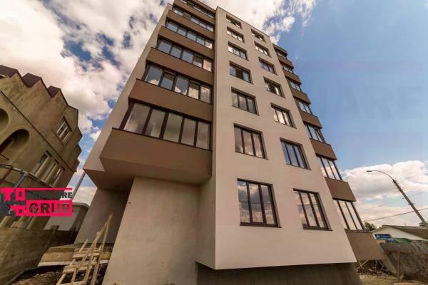 Lângă Circ, bloc de elită, apartament cu două odăi pardosea caldă